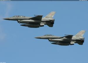 First Polish pair of F-16